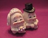 Egg 'O My Heart One Piece Salt and Pepper Shaker -- Allyson Nagel - A.N. Original Designs -- Humpty Dumpty Porcelain Figurines