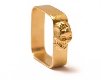 Square ring in yellow golden vermeil 24 carats with cabochon Skull
