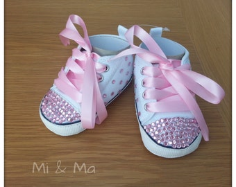 Baby girl bling shoe, infant shoes, baby shoes, Soft sole shoe, first birthday outfit, rhinestones, pink and white, 6-15 months