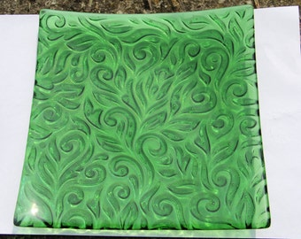 Green ornate leaf pattern large square fused glass plate