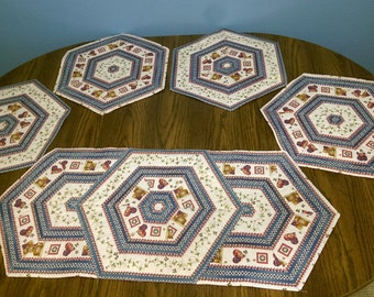 Spring Quilted Table Set