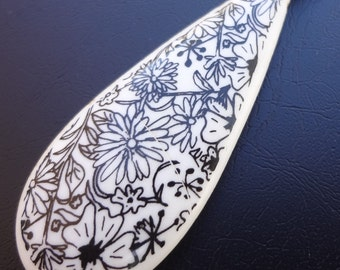 Vintage Necklace Pendant, Floral Design