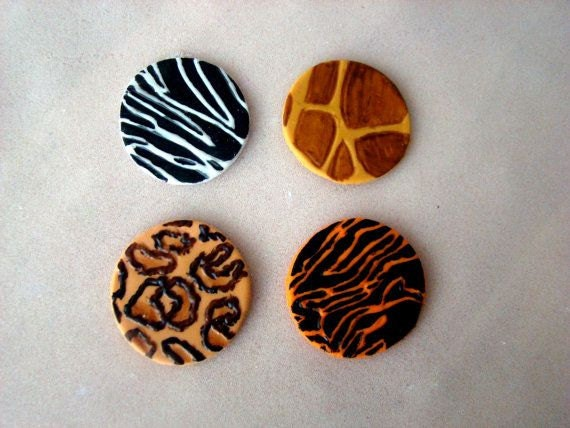 Animal print diva cupcake toppers 100 edible for Animal print edible cake decoration