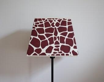Shade paper giraffe