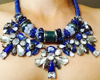 Beautiful- elegant- fashion -statement necklace