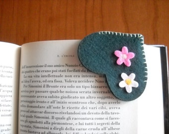 Country heart bookmark