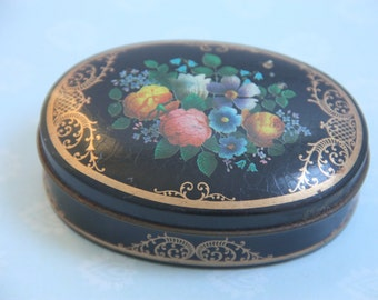 Vintage Oval Tin Can For Small Stuff Like Sewing Needles