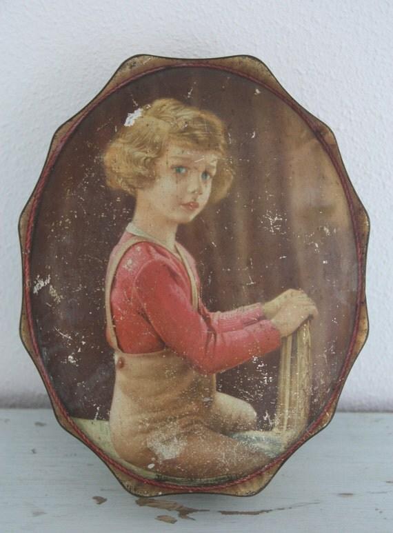 Rare Vintage Oval Large Tin Box Côte d'Or