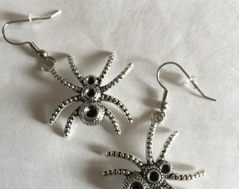 Spider Earrings - HH1