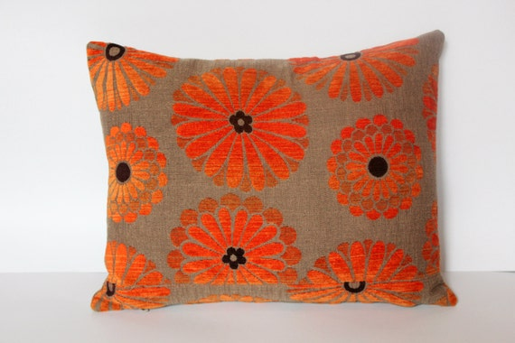 flower 70s style decorative pillow.available in all dimensions