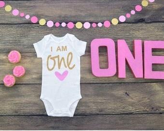First birthday baby girl, first birthday onesie , i am one , script one on onesie. Custom color onesie.