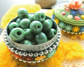set of 20 vintage silky green-blue beads, 1950'