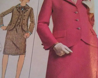 Simplicity Pattern No. 6688 Size 14 miss