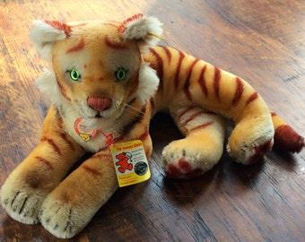 Vintage Steiff Lying Tiger