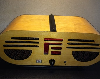 The Greatest Antique Radio That Never Existed - Bluetooth Speaker with Line-In