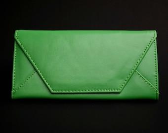 Womens Wallet, Leather Wallet, Apple Green Wallet, Apple Green Purse, Green Leather Purse, Green Leather Wallet, Green Purse.