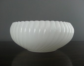 Sale 30% Off - Vintage Milk Glass Ribbed Bowl ~ Shabby Chic