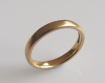 9ct Gold Wedding Ring Band UK Size K or USA 5 1/8