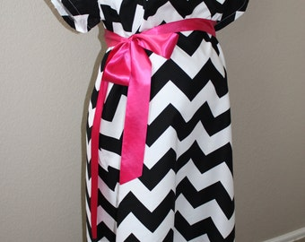 Maternity Hospital Gown, Delivery Gown in Black Chevron,Maternity Hospital Gown,Labor Delivery Gown,Black Chevron Delivery Gown,Skin to Skin