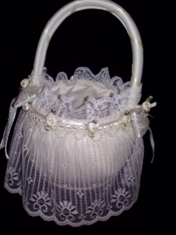How To Make A Lace Flower Girl Basket : Pearl and lace flower girl basket