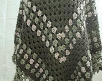 Bohemian Crochet Poncho