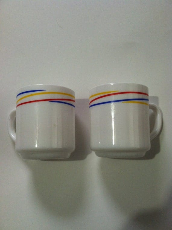 Vintage arcopal set of 2 heavy ceramic white by for Heavy ceramic coffee mugs
