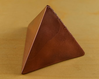 Orgonite in Tetrahedron Shape