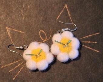 """Earrings """"Time for summer"""", felting earrings, summer, time, chamomile, handmade earrings."""