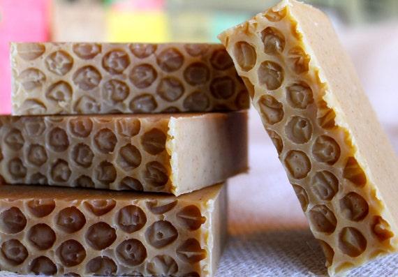 Oats ans Honey Soap