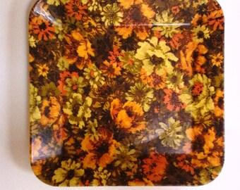 Vintage fiberglass floral tray