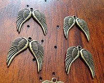 8 Angel Wing Charms, Antique Bronze Charms, Christian Charms, Wing Charms, Finding, Bronze Pendants, Craft and Jewelry Supplies