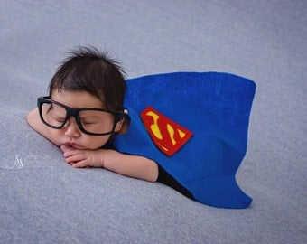 Superman, Newborn Superman Cape set, Photo prop - Newborn photography - Newborn props - superhero - superhero capes - Clark Kent - felt