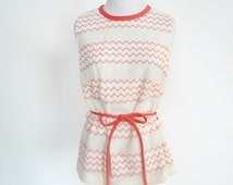 Vintage Sleeveless Top in White and Coral Chevron Stripes Zig Zag - Matching Tie Belt - Lacy Open Weave - Hip Length - Darts at Bust - M/L
