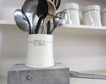Stripe Dot Kitchen Utensil Holder