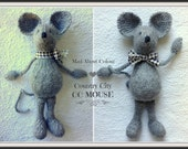 Knit Mouse Soft Toy NeWBoRN BaBY PHoTO PRoP Heirloom Mouse SHaBBY CHiC SoFT ToY Country City Mouse STuFFeD ANiMaL Grey White Brown Tan Pink
