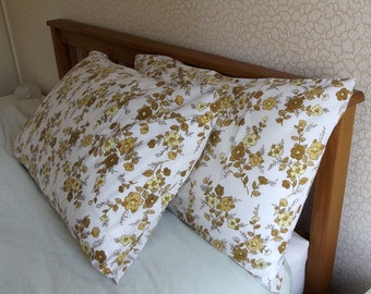Vintage Pair of Pillowcases - Yellow and Brown Flowers - excellent conditon
