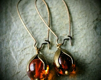 Amber dew drop earrings