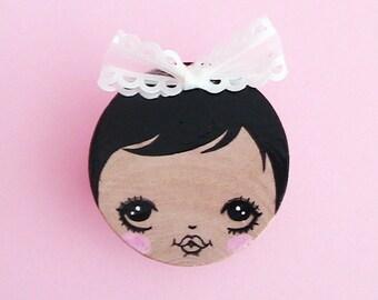 Babe Doll Face Brooch