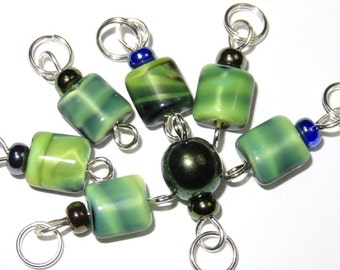 SJK Tinies -- Delicate Stitch Markers for Small Needles -- Teeny Eeny Czech and Greenie