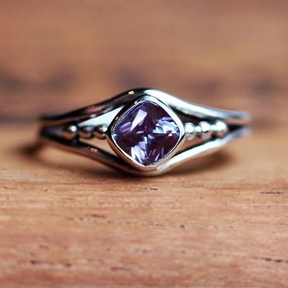 alexandrite ring june birthstone alexandrite ring. Black Bedroom Furniture Sets. Home Design Ideas