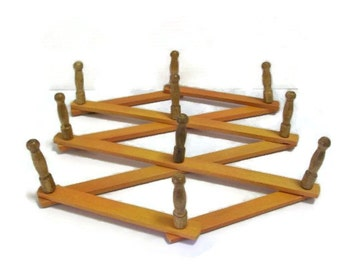 Vintage Scissor Style Expansion Peg Rack