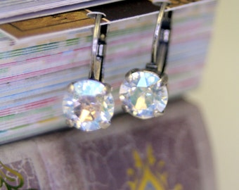 Star Light Star Bright Dreamy Moonlight Swarovski Element Leverback Earrings Stunning in Antique Silver