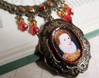 Tudor Ladies - Queen Elizabeth I - Medallion Necklace with Amber and Red Crystal - Renaissance, Henry VIII