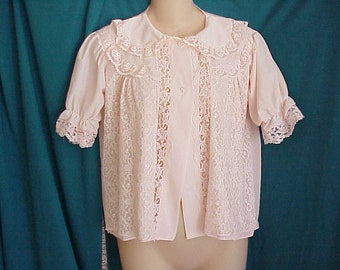 Vintage 1950 Bed Jacket Pale Pink Lace Trim and Front