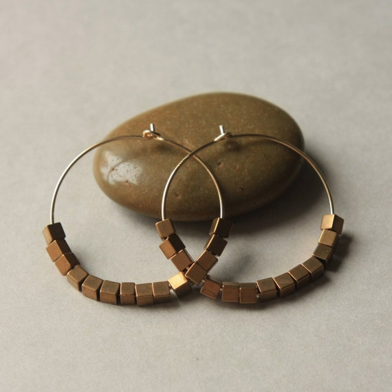 Brass Hoop Earrings, Gold Hoop Earrings, Brass Geometric Jewelry, Brown Hoops, Round Geometric Earrings, Vintage Brass Earrings, Brass Hoops