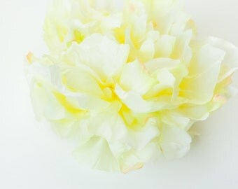 OVERSTOCK SALE: ExTRA LARGE Light Yellow Lemonade Peony - 7 inches -- Silk Artificial Flower. was 7.25