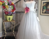 1980s full length tulle skirt 80s white party skirt size x-small Vintage formal wedding skirt
