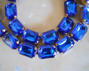 Sale! Vintage Lucite Chain Royal Blue Brass Chain