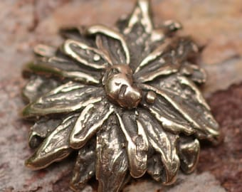 Button Sterling Silver Chrysanthemum Clasp