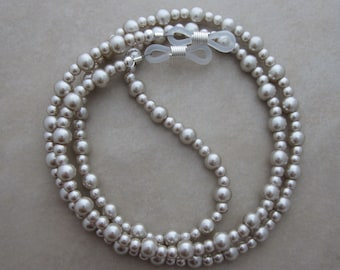 beige pearl silver eyeglass chain holder